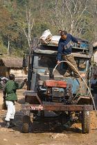 "Reisebericht: <Nord Myanmar> 07- Teil 30 ""Technischer Halt"""