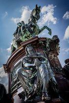 Reiterdenkmal Friedrich Franz II