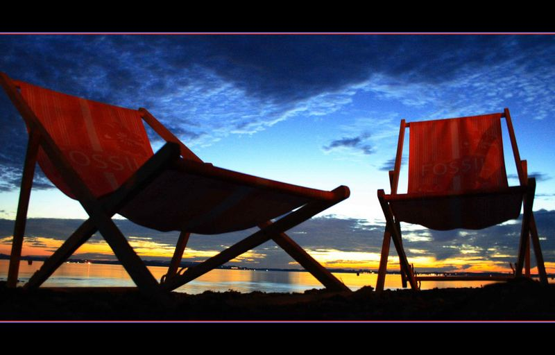 >>>relaxen und den sonnenuntergang genießen