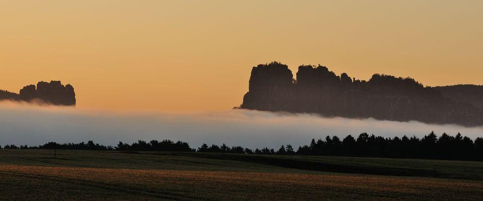 (Reloaded) Wenn morgens tief im Tal der Dunst der Elbe aufsteigt, bekommt man ein...