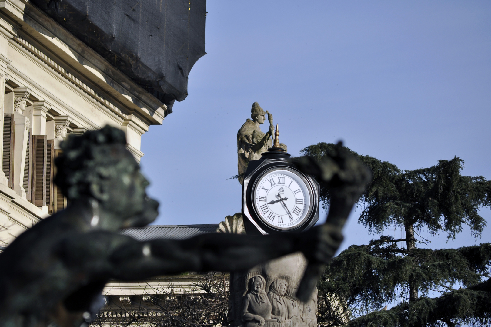 Reloj, monumento al maratonista