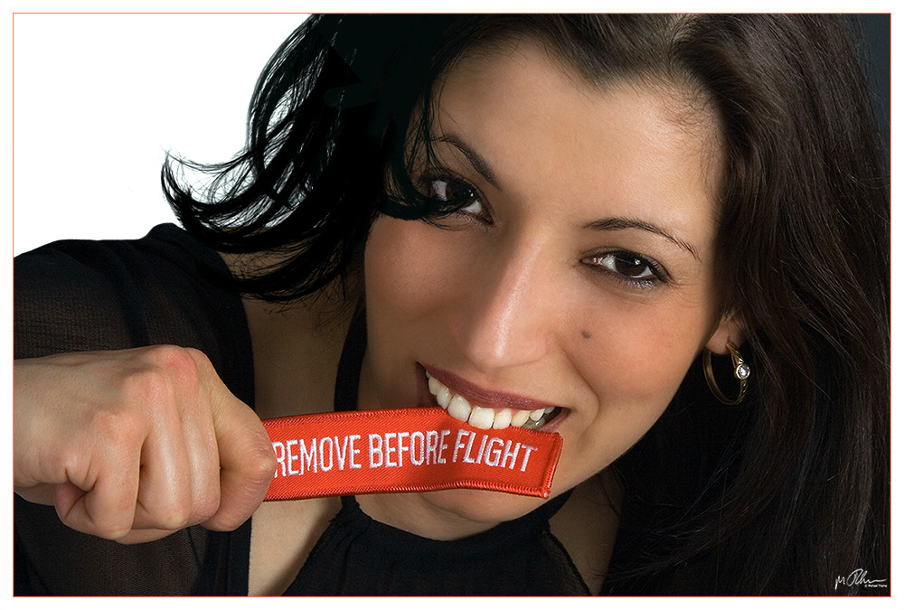 ..:REMOVE BEFORE FLIGHT:..
