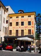 Renaissance Café