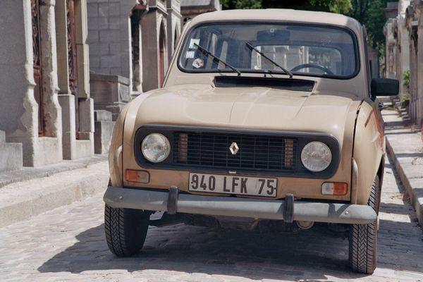 Renault R4 Per Lachaise