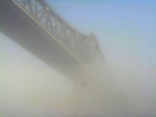 Rendsburger Hochbrücke im (Morgen-)Nebel
