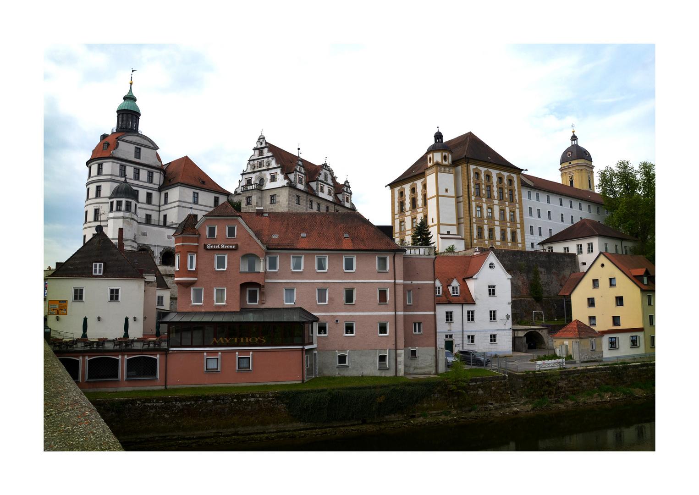 Residenzschloß mit Frauenkirche..