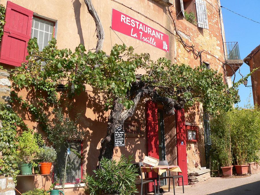 Restaurant in Roussillon