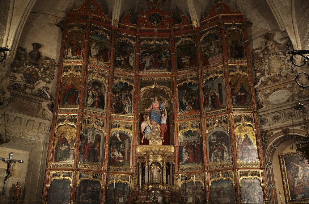 Retablo altar mayor Iglesia Santa Maria La Mayor (Trujillo Cáceres Extremadura España)