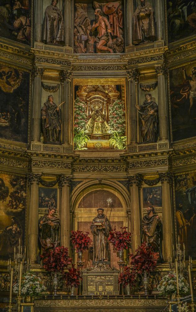 Retablo Mayor Altar Virgen de Guadalupe (Cáceres Extremadura España)