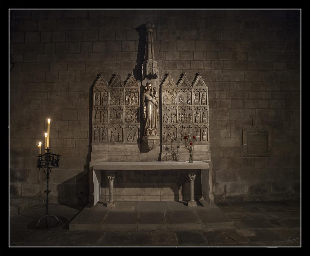 Retablo Virgen Blanca Monasterio de Sant Joan de les Abadesses (Ripolles Girona Catalunya)