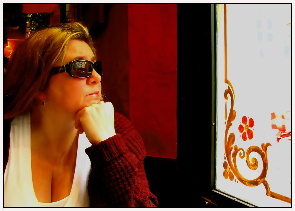 Retrato y  vidrio fileteado.