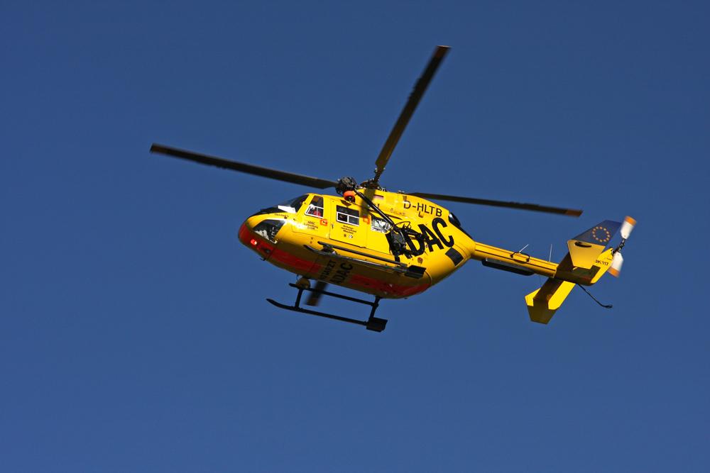 Rettungshubschrauber Christoph 1 im Landeanflug