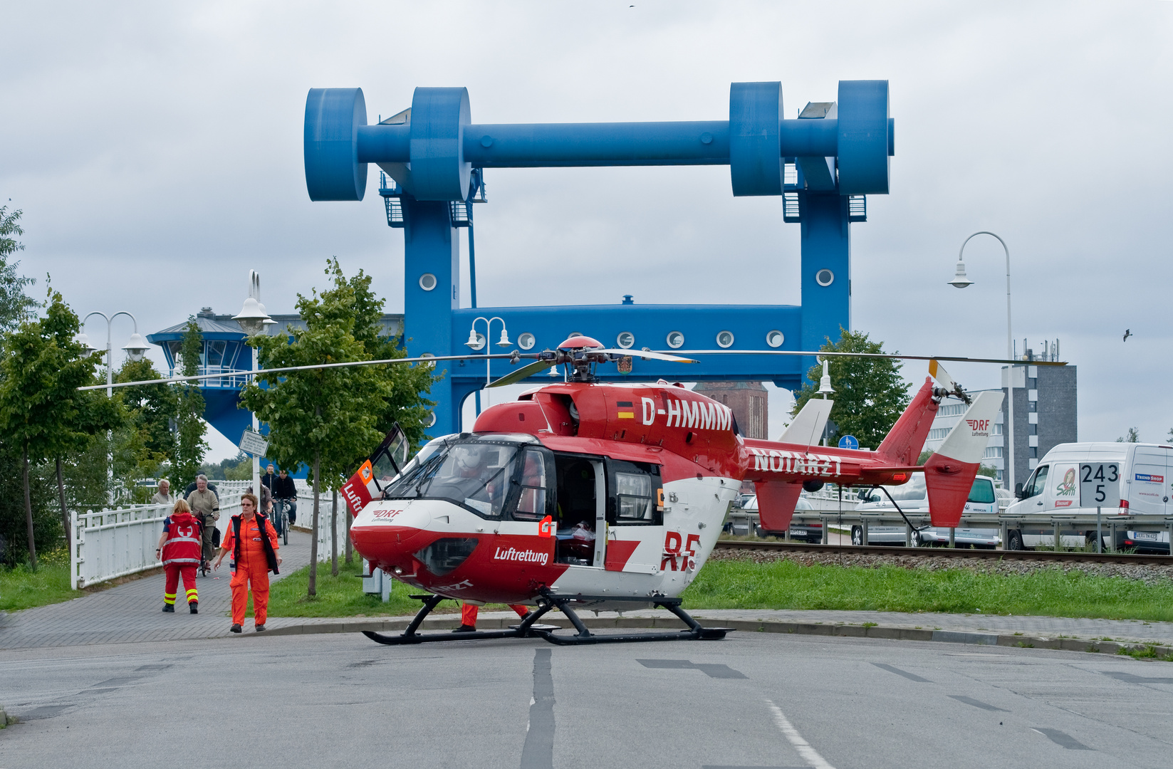 Rettungskräfte im Einsatz 2