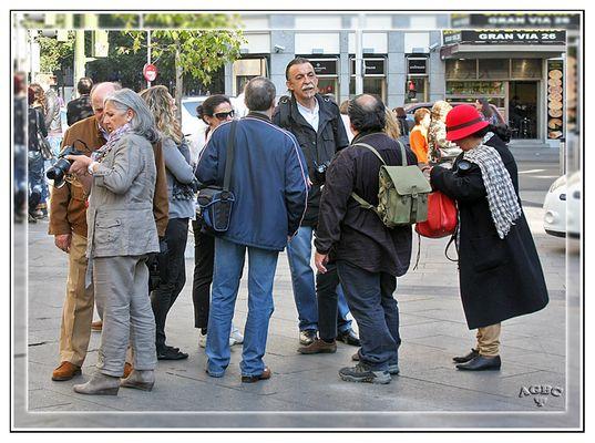 Reunion de Fotografos en Gran Via (Madrid) GKM3