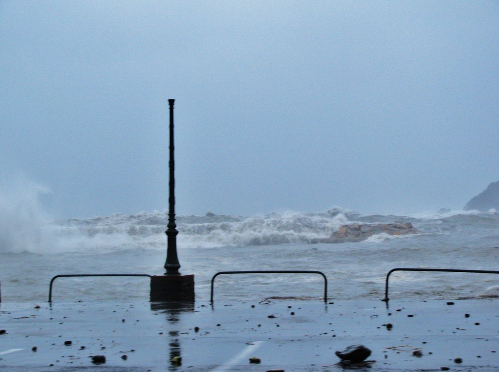 Réverbère sous la tempête (Méditerranée)