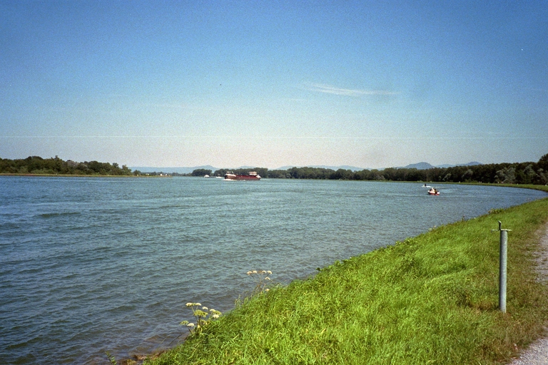 Rhein bei Iffezheim/Baden-Baden