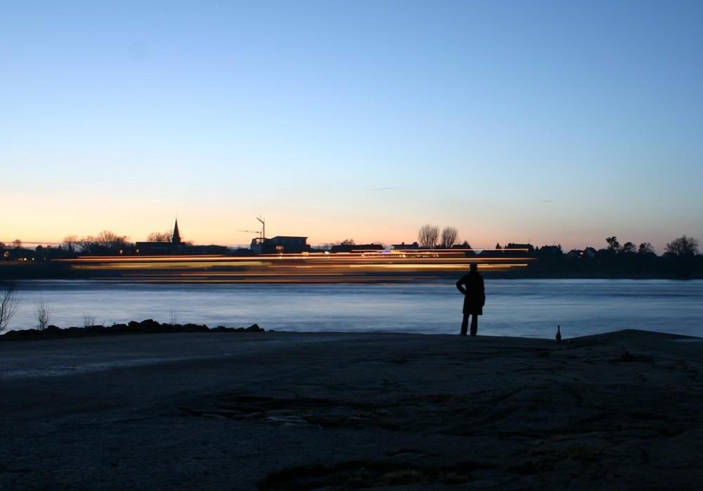 Rhein goes by