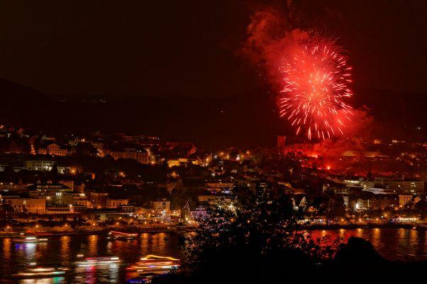 Rhein in Flammen, Feuerwerk über der Burg Klopp