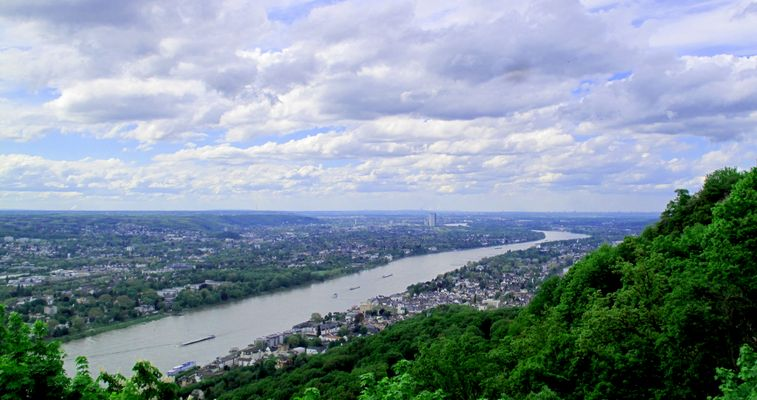Rhein: Königswinter / Bonn