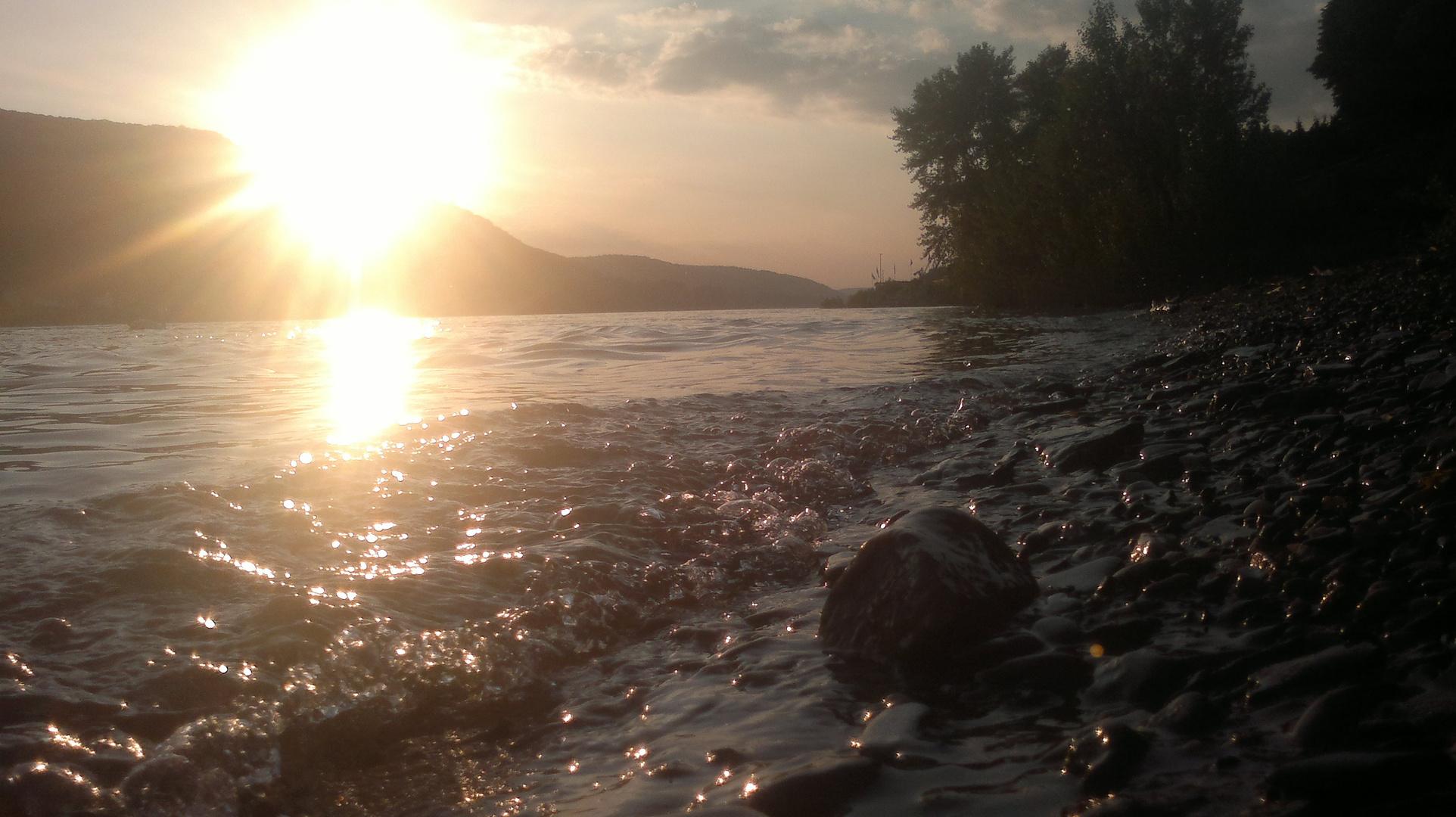 rhein Sonnenuntergang