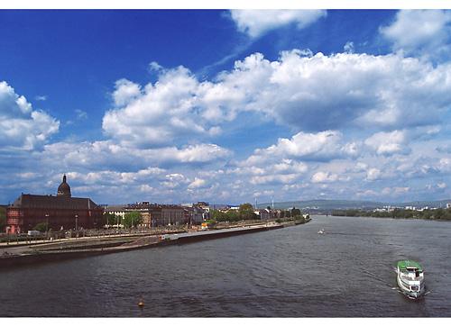 Rhein Uffer