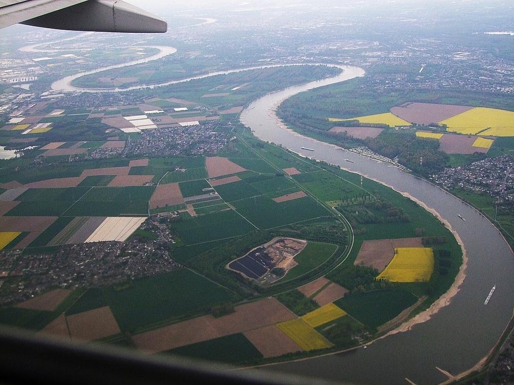 Rhein von oben...