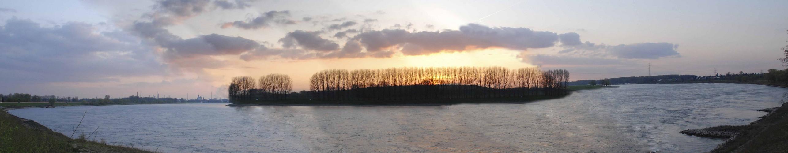 Rheinbogen in Monheim