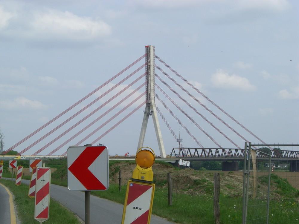 Rheinbrück bei Wesel