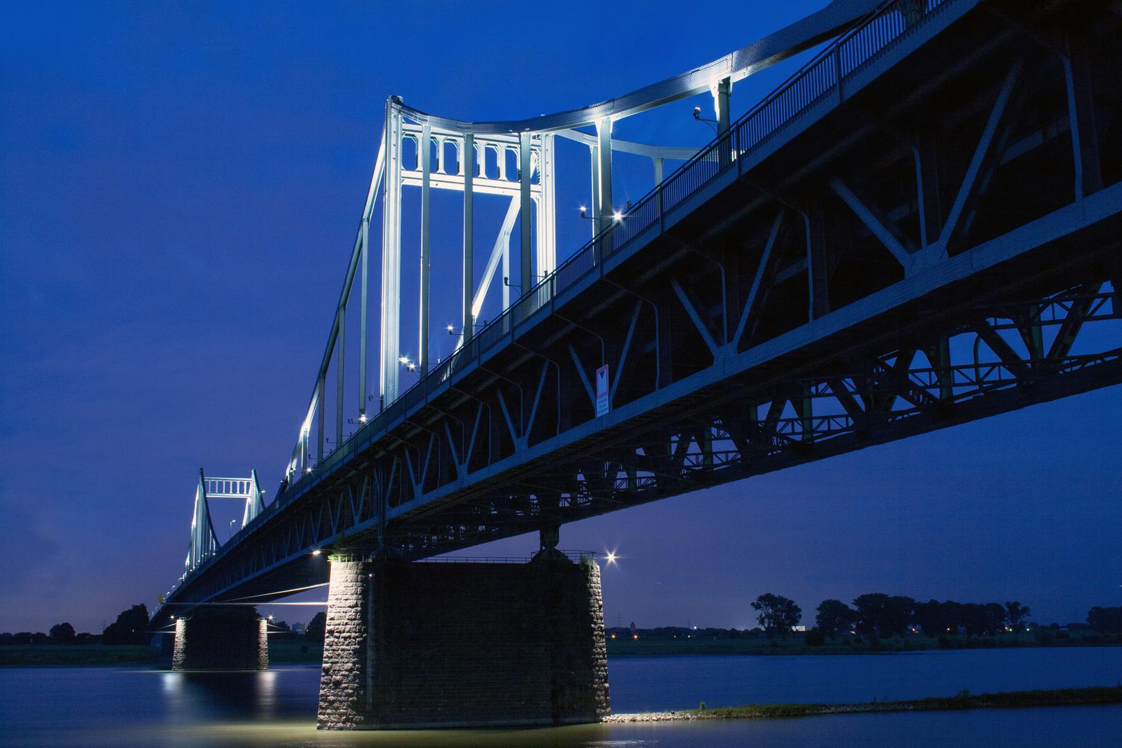 Rheinbrücke Krefeld