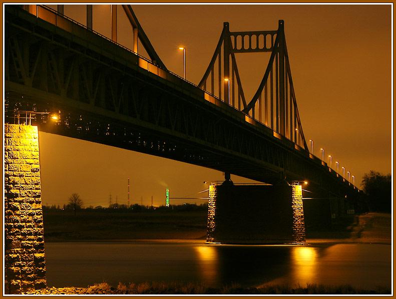 Rheinbrücke Krefeld Uerdingen