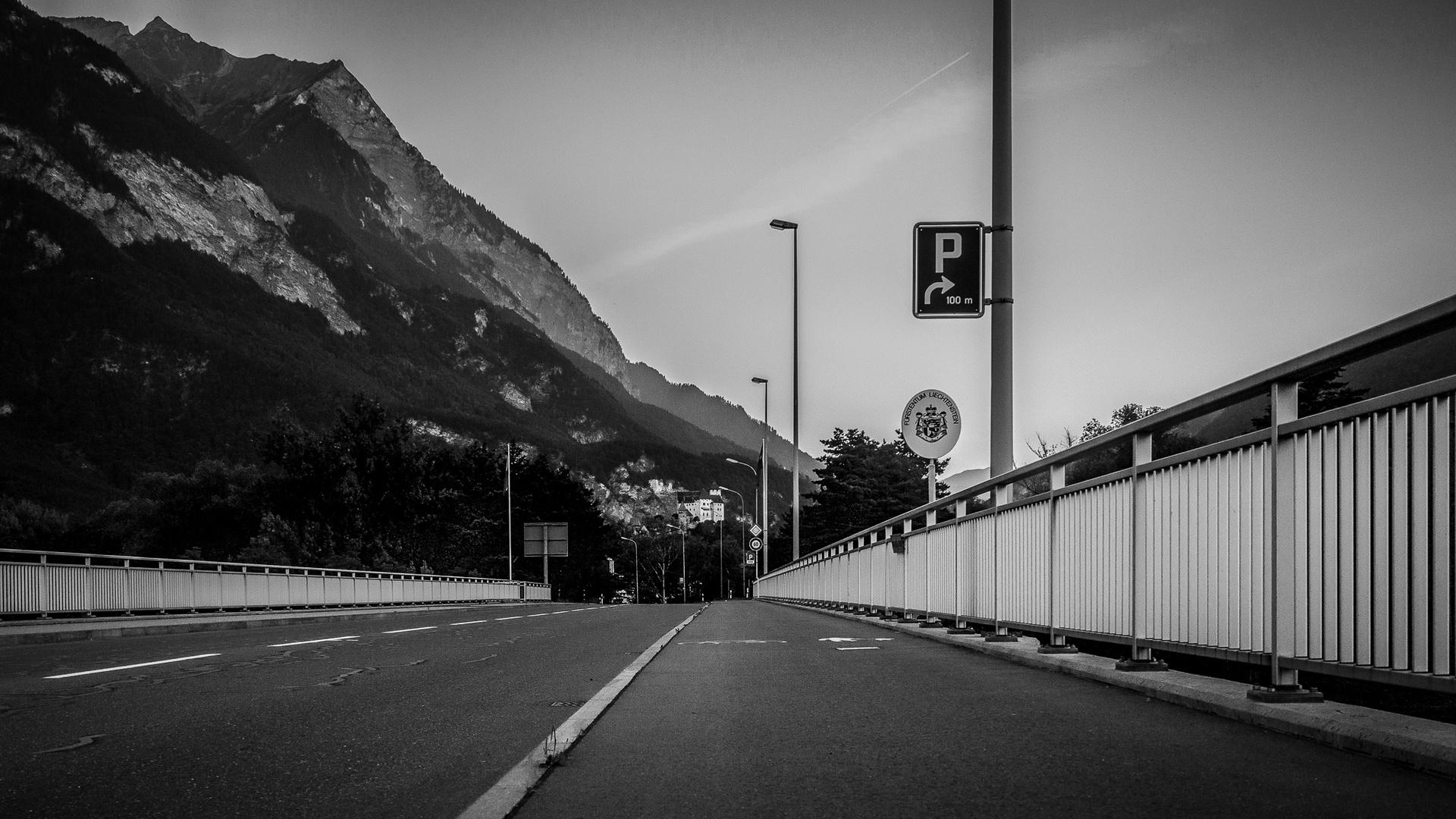 Rheinbrücke nach Balzers