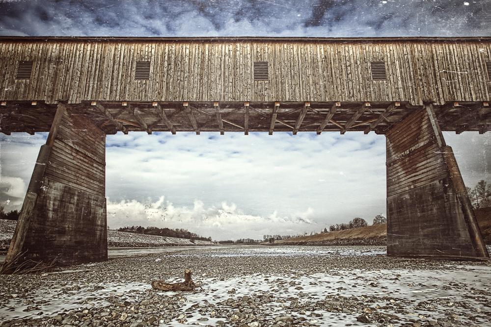 Rheinbrücke Vaduz