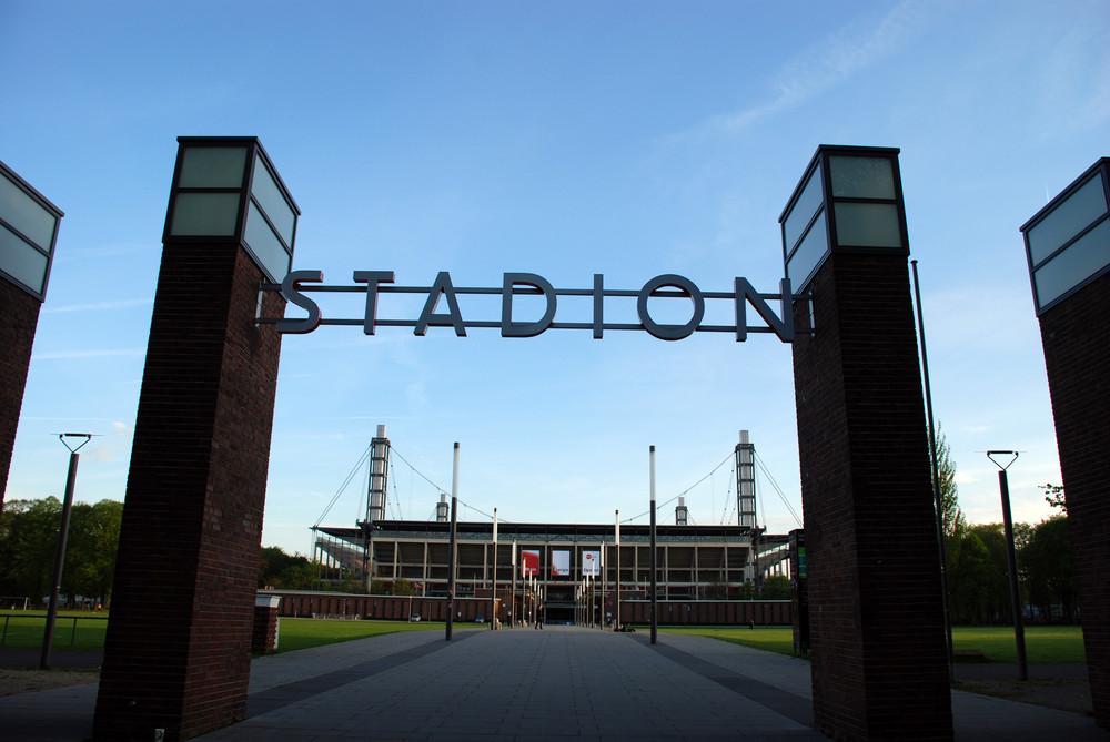 Rheinergie Stadion meine 2 Heimat!!