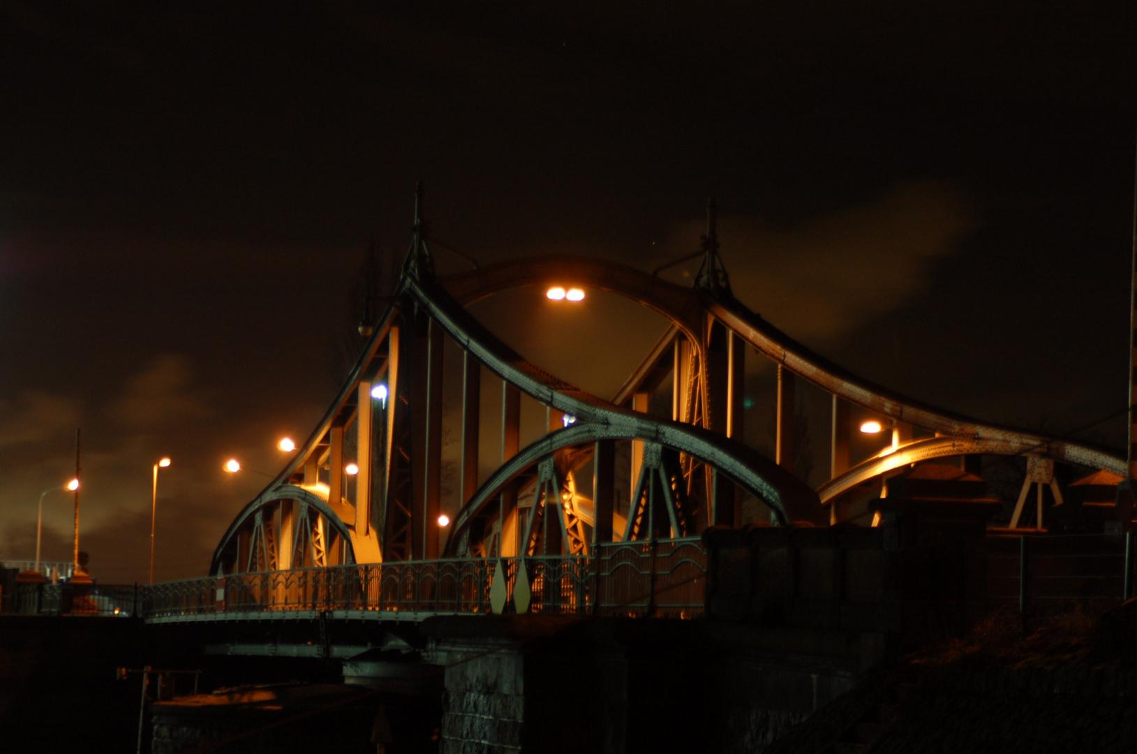 Rheinhafen Drehbrücke