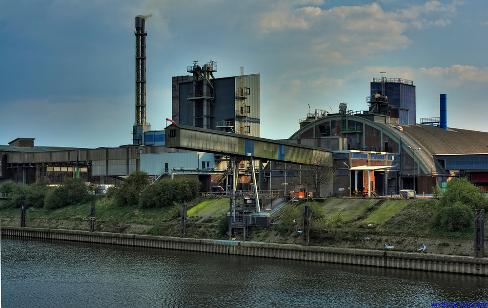 Rheinhafen - Krefeld - Uerdingen / HDR