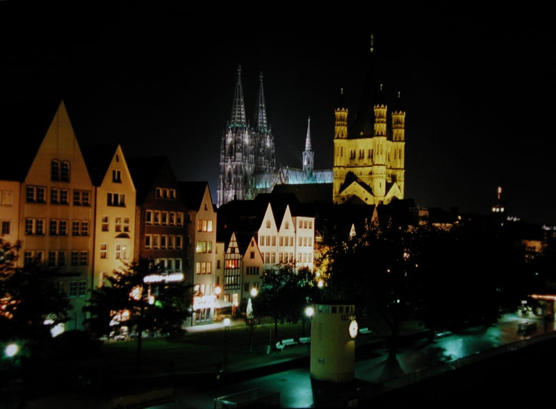 Rheinpanorama - Köln bei Nacht