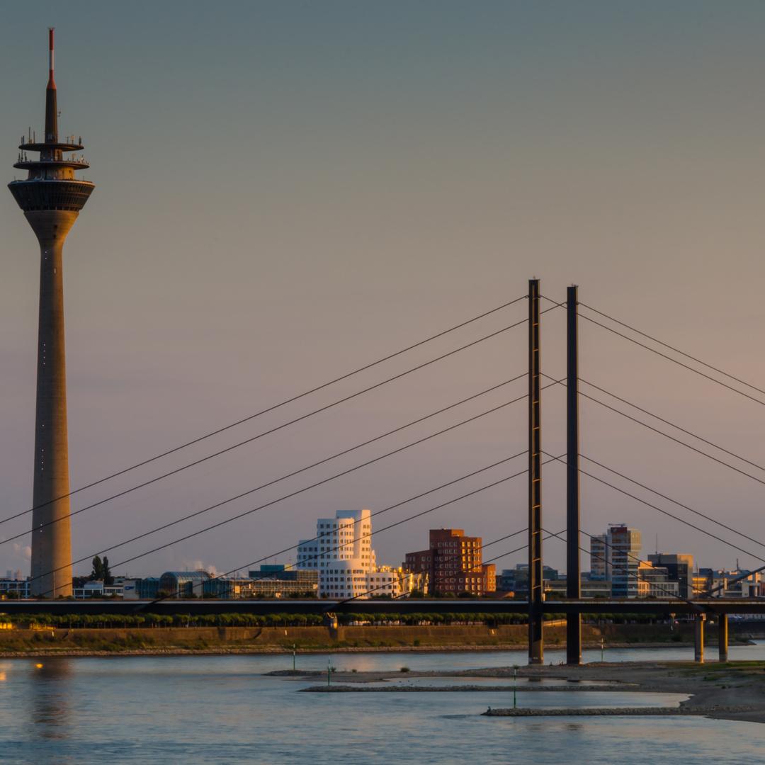 Rheinturm Düsseldorf