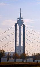 Rheinturm im November