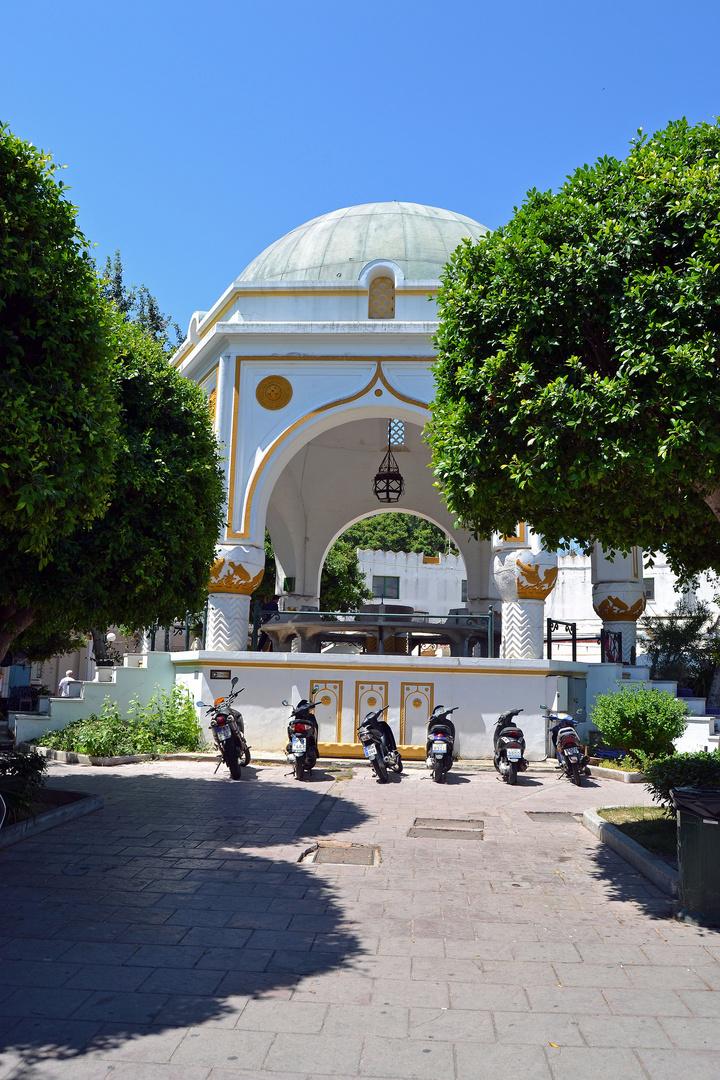Rhodos-Stadt 2, Neuer Markt