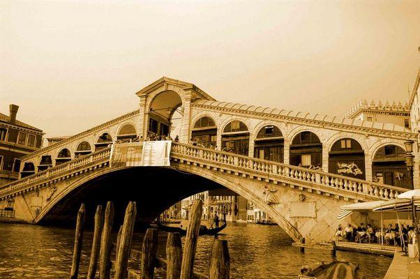 Rialto Brücke - Venedig