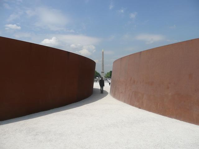 Richard Serra - Momenta 2008 - Paris