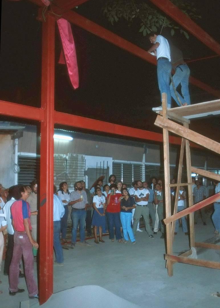 """Richtfest, Druckerei """"Los Muchachos"""", Managua 1984"""