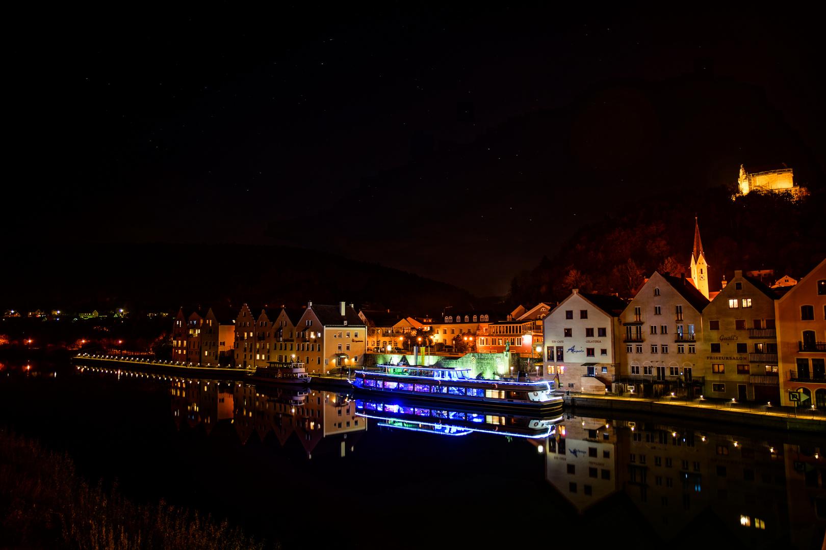 Riedenburg bei Nacht