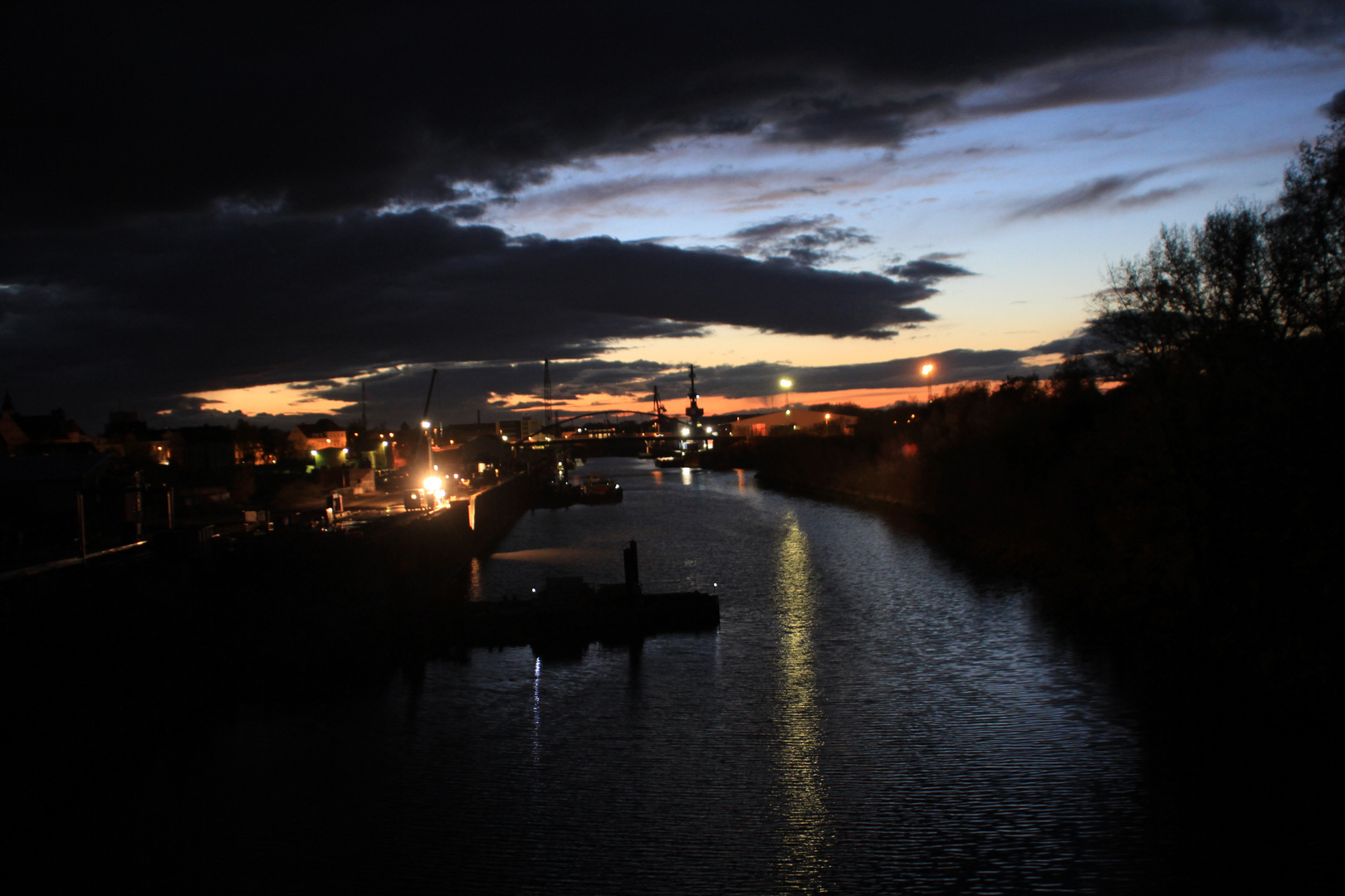 Riesa bei Nacht