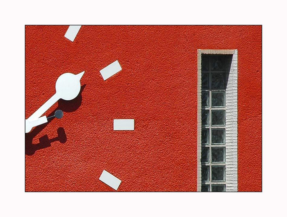 """""""Riesen-Uhr"""" en detail (1)"""
