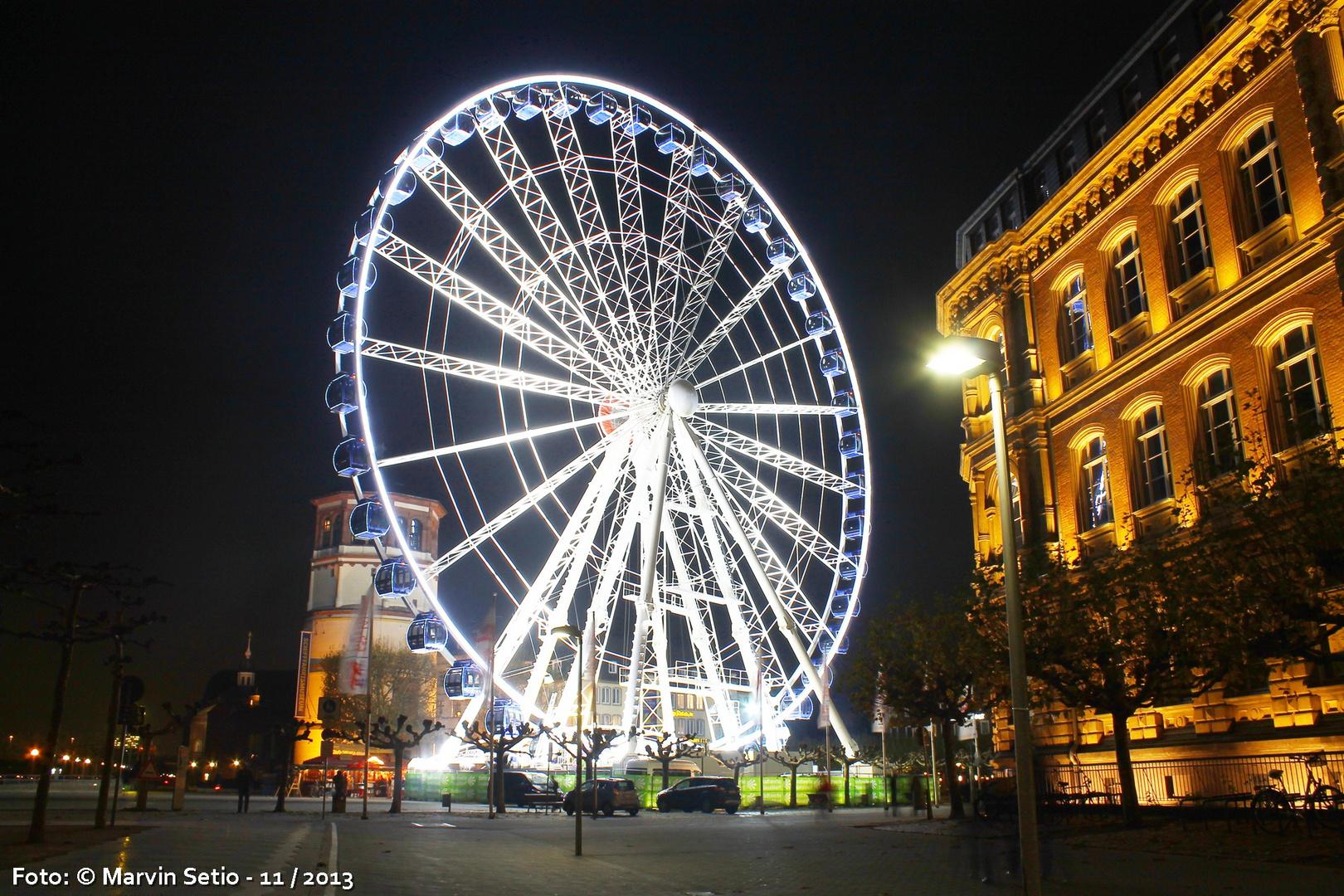 Riesenrad am Burgplatz - Düsseldorf