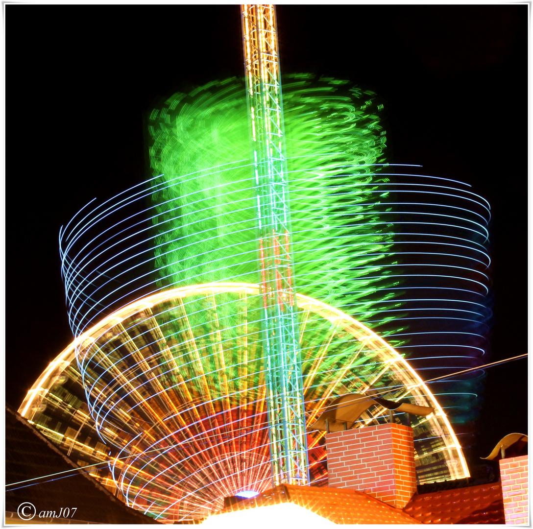 Riesenrad und Riesenkettenkarussel Pützchens Markt 2012