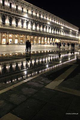 Riflessi a piazza San Marco