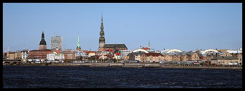 Riga IV - Blick über die Daugava auf die Stadt