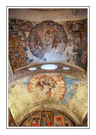 Rincones idílicos de montaña ( Altar Mayor y Boveda Central Santa Maria d'Artíes Lleida Catalunya )